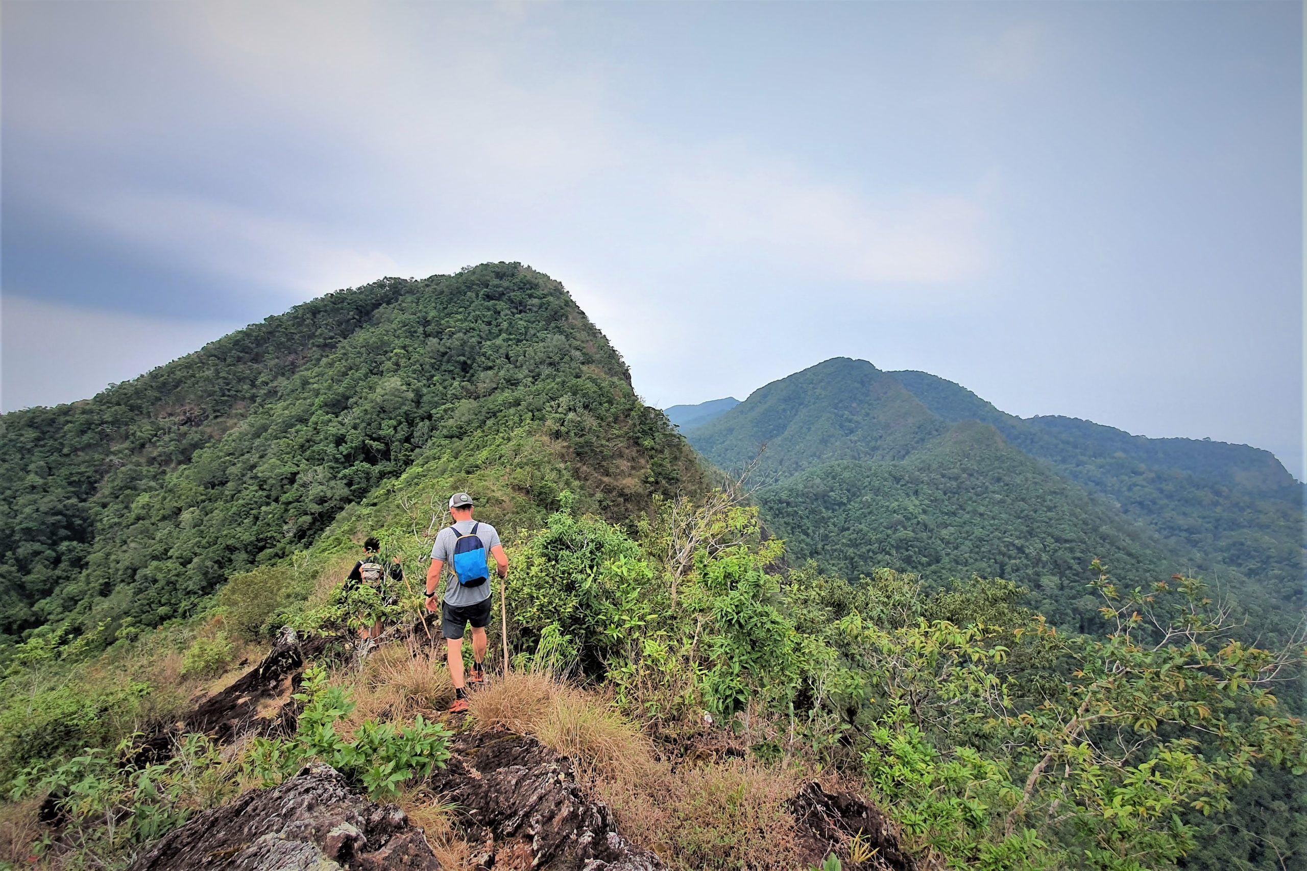 Hike Salak Phet
