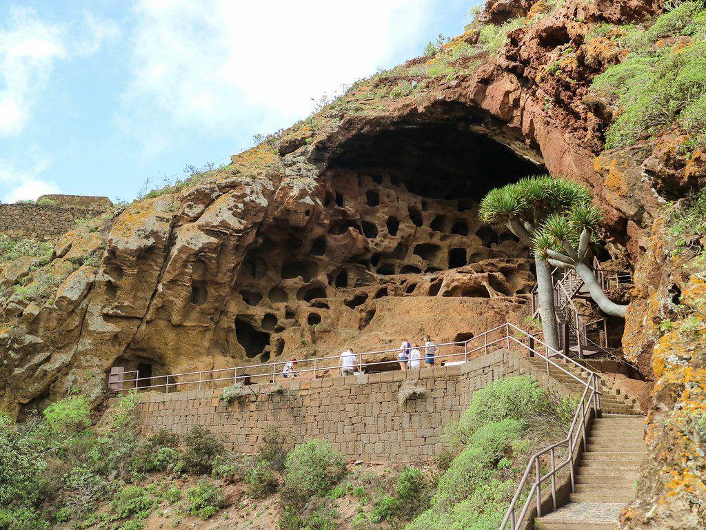 Cuevas de Valerón