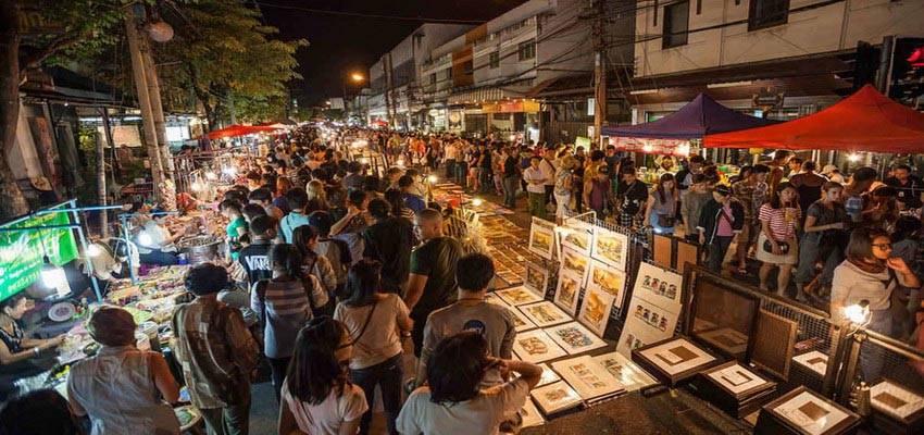 Sunday Walking Street market