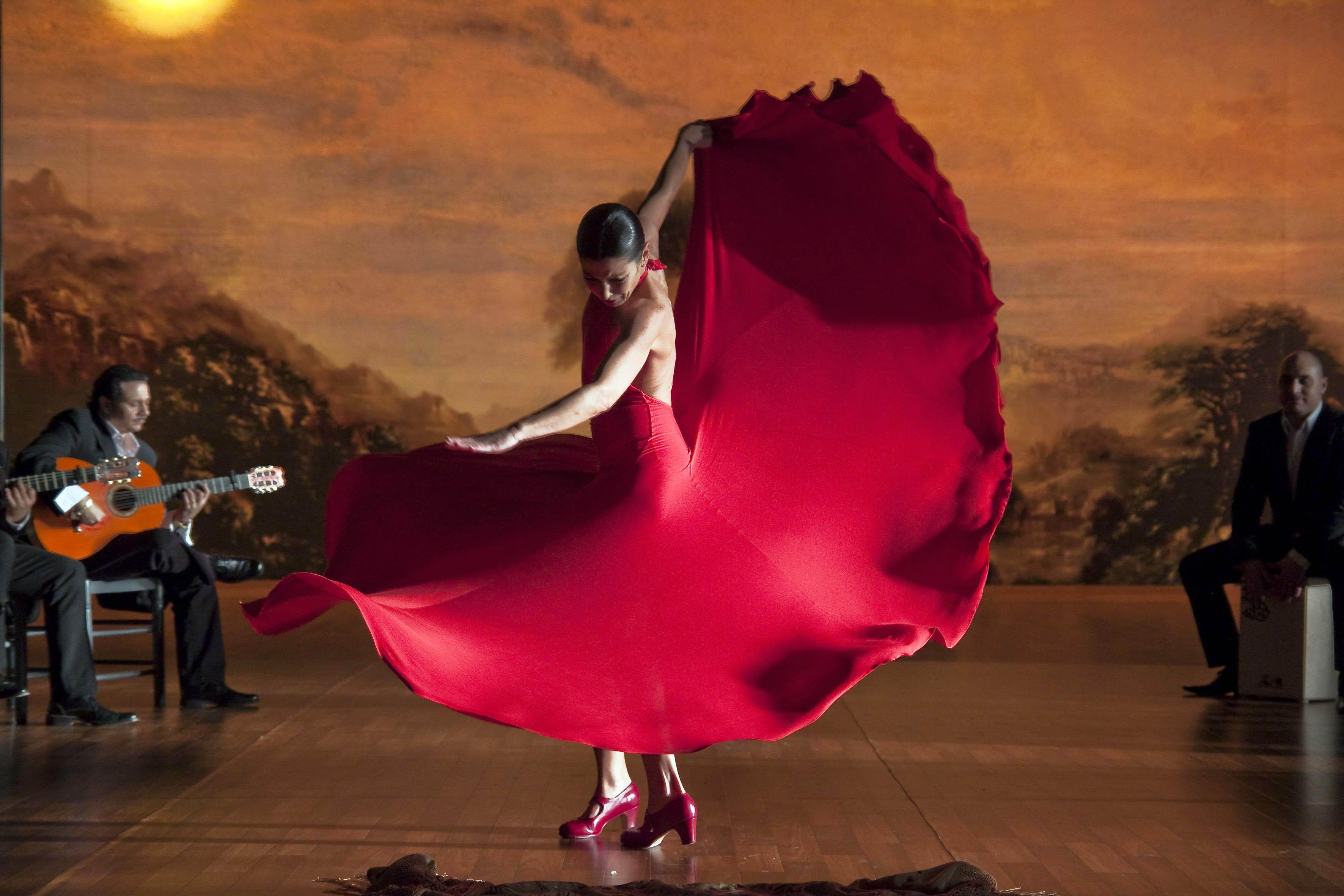 Tapas & Flamenco