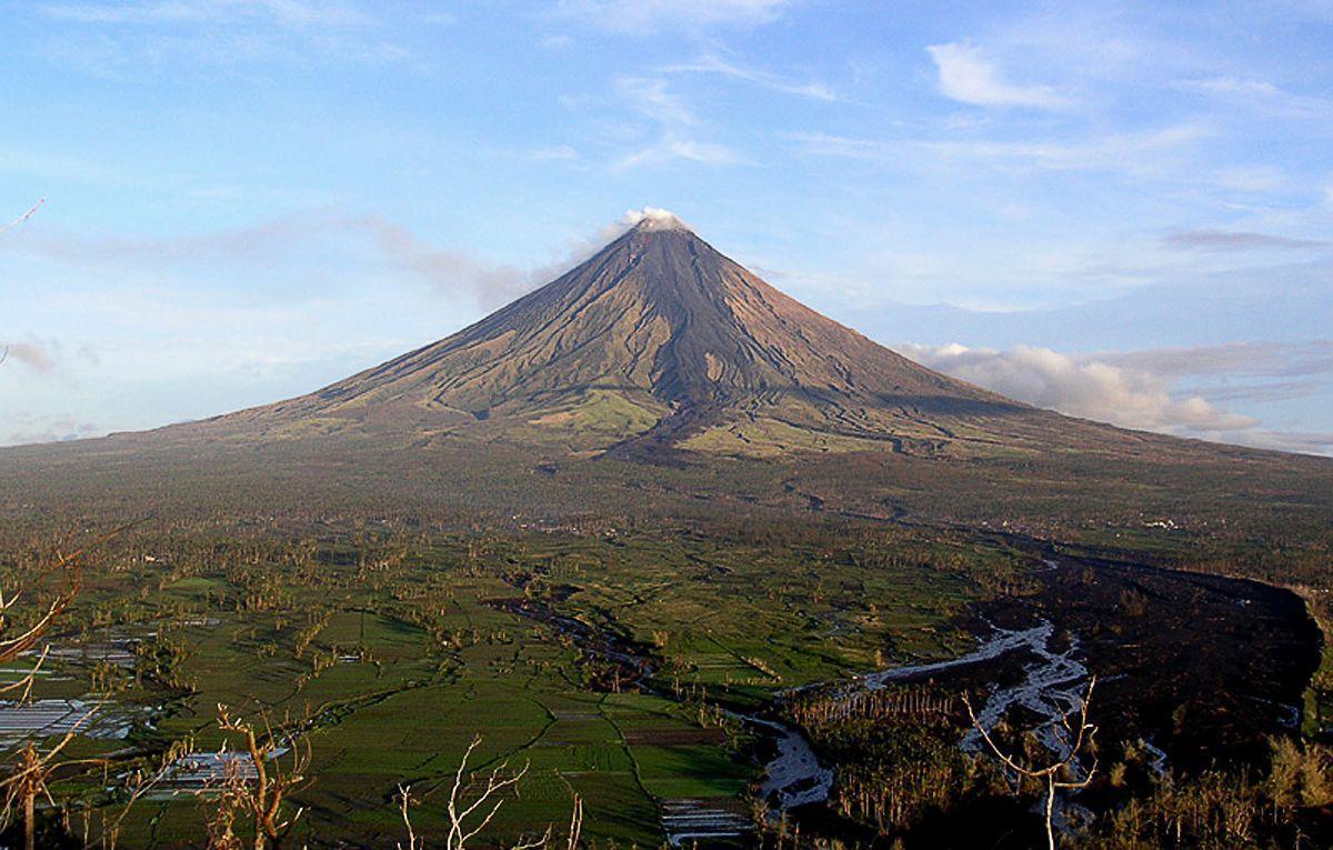 Monte Mayon