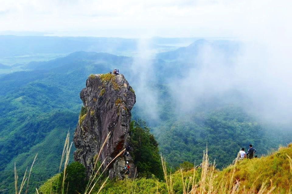 Monte Pico De Loro