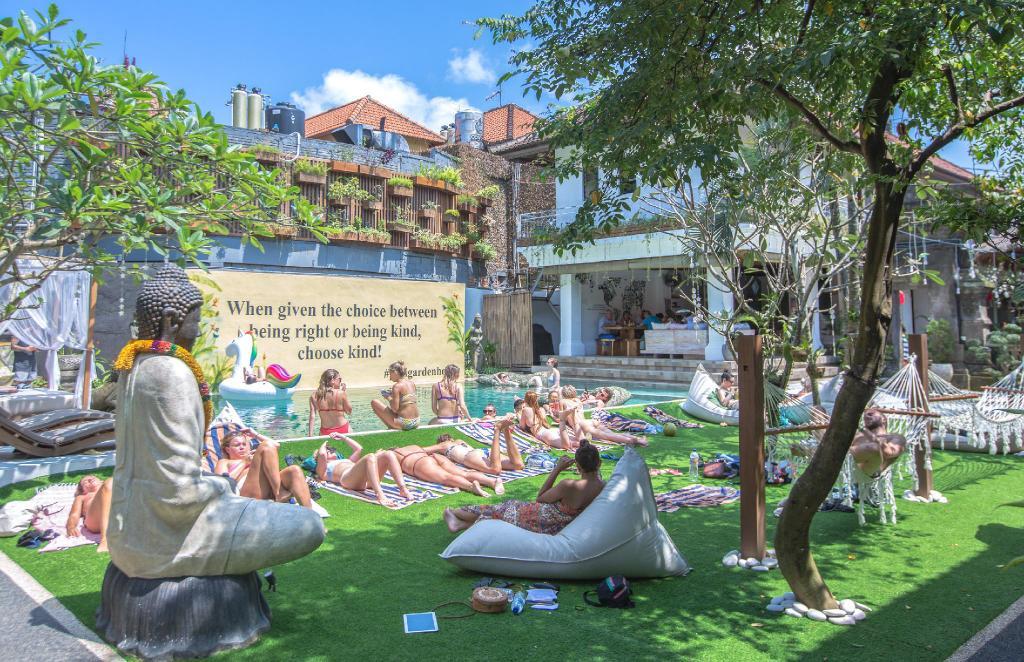 Puri Garden Hotel & Hostel