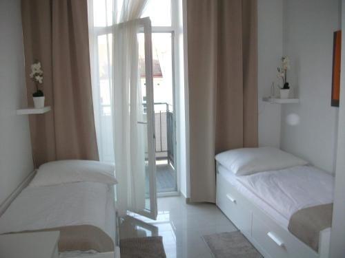 CH-Viena City Rooms